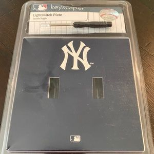 Yankees Lightswitch Plate.